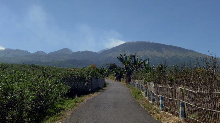 Helikopter Sudah Siap Jatuhkan Bom Air untuk Padamkan Kebakaran di Gunung Arjuno
