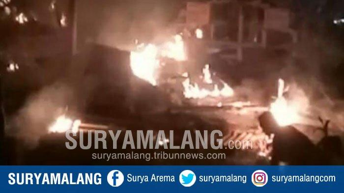 Kebakaran Hanguskan 650 Ayam Siap Panen di Blitar