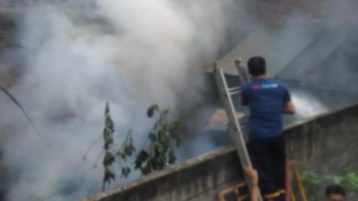 Rumah di Tulungagung Ludes Terbakar Gara-gara Penghuni Ketiduran Saat Masak Ubi