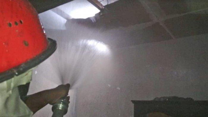 Kamar Tidur Rumah Warga Polehan Malang Terbakar, Diduga Akibat Korsleting Listrik
