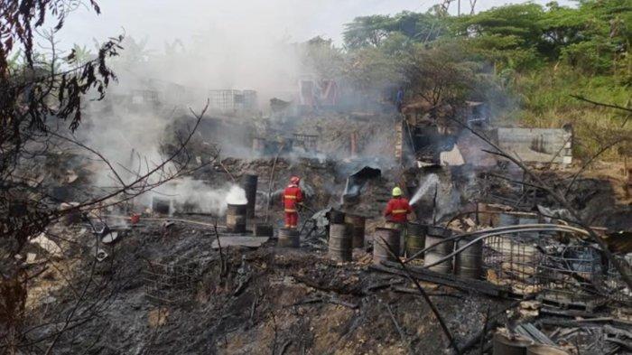 Tambang Minyak Sumur Tua di Bojonegoro Terbakar, Dipicu Sulingan Menetes ke Api Pembakaran Minyak
