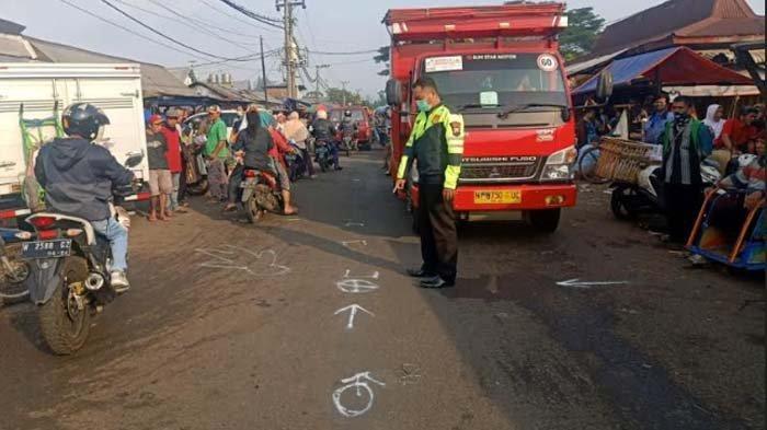 Ibu Asal Kesamben Malang Ditabrak Pengendara Motor saat Lagi Nyeberang Jalan Gadang