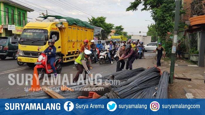 Kecelakaan Macetkan Jalur Pantura Di Pasuruan, Belum Diketahui Kronologisnya