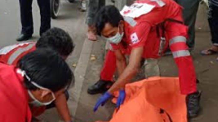 Hendak Salip Truk, Pengendara Motor Tewas Tabrak Truk di Sukun Malang