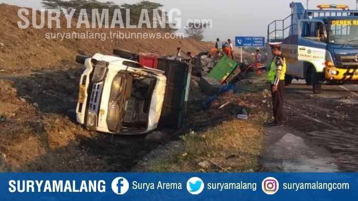 2 Orang Asal Lamongan Tewas dalam Kecelakaan Truk vs Dump Truk di Jalan Tol Gempol - Pasuruan