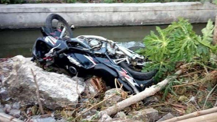 Motor Tabrak Pembatas Sungai di Tuban, 2 Orang Tewas di Lokasi Kecelakaan