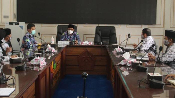 Wali Kota Malang Sutiaji Komitmen Perhatikan Nasib Guru Tidak Tetap