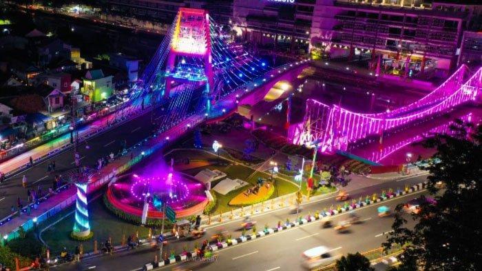 Penampakan Keindahan Jembatan Sawunggaling Surabaya pada Malam Hari