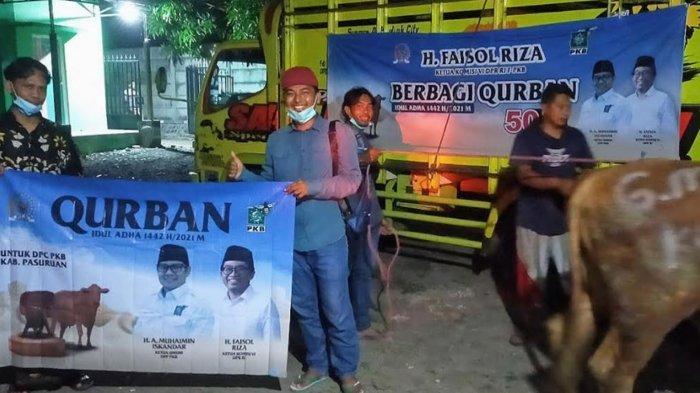 Ketua Komisi VI DPR RI Faisol Riza Salurkan 50 Sapi Idul Adha 2021 untuk Warga Pasuruan-Probolinggo