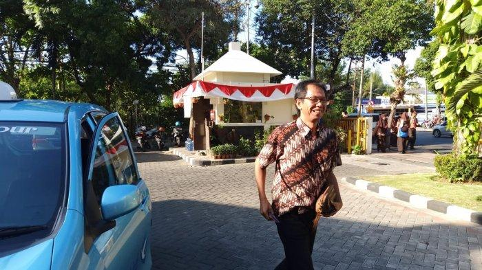 Kandidat Ketua DPRD Surabaya dari PDI Perjuangan: Adi Sutarwijono atau Syaifudin Zuhri