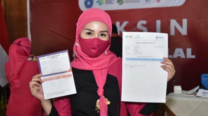 Ketua Tim Penggerak PKK Trenggalek, Novita Hardini Ajak Masyarakat Tak Takut Divaksin Covid-19
