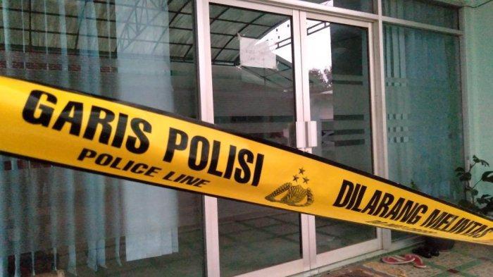 Klinik Bunga Husada Kalipare, Kabupaten Malang, lokasi pembakaran perawat cantik Eva Sofiana Wijayanti terlihat sepi, Selasa (4/5/2021) sore.