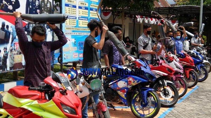 75 Motor Berknalpot Brong Ditilang: Pemilik Ganti Dulu di Polres Trenggalek Baru Boleh Bawa Pulang