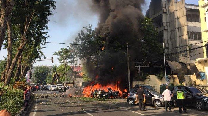 Sebelum Bom Meledak, 2 Orang Pakai Penutup Wajah Cekcok dengan Satpam GKI Surabaya