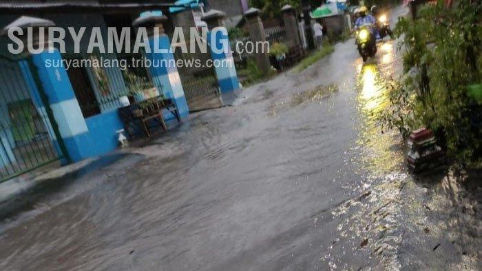 Hujan Deras Juga Sebabkan Banjir di 2 Kelurahan di Kota Blitar