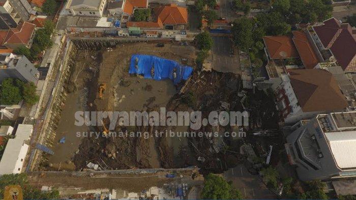 Jalan Gubeng Ambles Diduga Karena Proyek Pembangunan Rumah Sakit, Ini Pernyataan RS Siloam