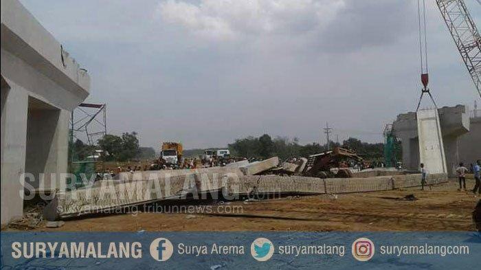 Kontruksi Tol Pasuruan Ambruk - 1 Orang Tewas, 2 Orang Lagi Luka-luka, Situasi Terkini Seperti ini