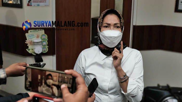 Kantornya Didatangi KPK, Begini Reaksi Wali Kota Batu Dewanti Rumpoko