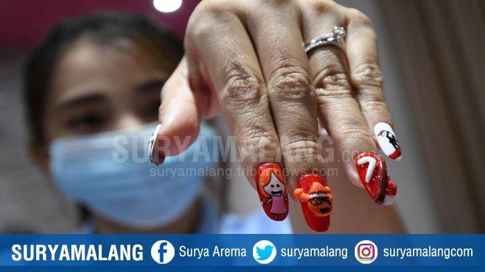 KUKU KEMERDEKAAN - Beragam nail art unik bertema Kemerdekaan RI dihadirkan salon kecantikan kuku Me-Nail untuk menyambut dan memeriahkan HUT Kemerdekaan RI ke-75, Rabu (12/8/2020).