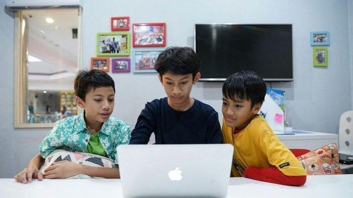 Masih Zona Kuning Corona, Siswa Kota Blitar Tetap Belajar di Rumah Secara Online di TA 2020/2021