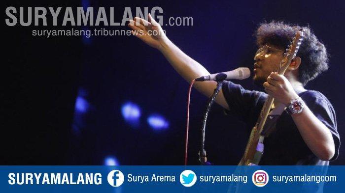 Mantra-Mantra Kunto Aji Hipnotis Ribuan Penonton di Surabaya