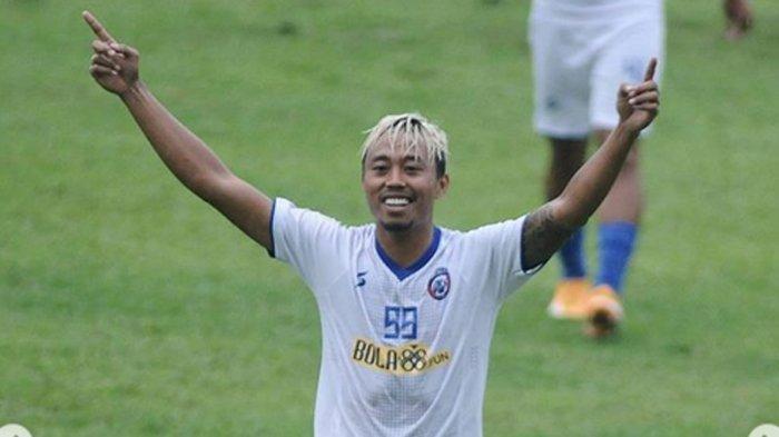 Rumor Bursa Transfer Liga 1 - Pahang FA Bidik Striker Arema FC, Kushedya Hari Yudo