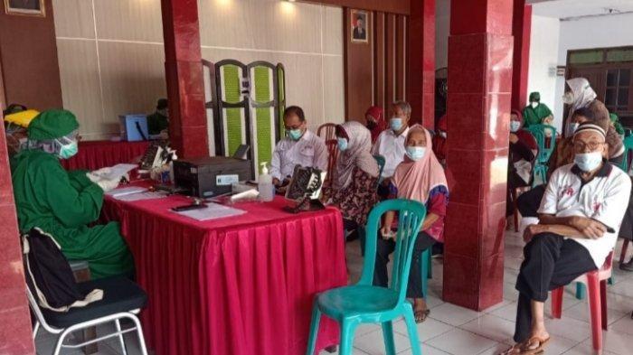 Dinkes Kota BlitarBelum Penuhi Target Minimal Vaksinasi Covid-19 untuk Lansia
