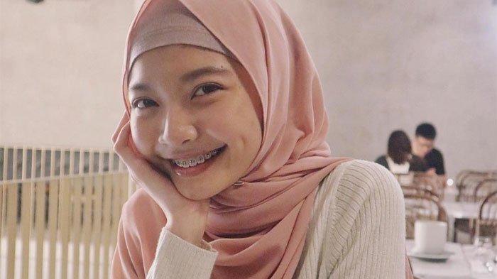 Cerita Putri Iwan Budianto, Laras Carissa Devinta, jadi Sasaran Amuk Suporter di Kediri Tahun 2008