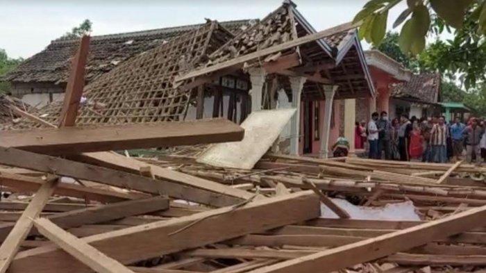 Bondet Meledak di Gondangwetan Pasuruan, Bapak - Anak Tewas dan Puluhan Rumah Rusak