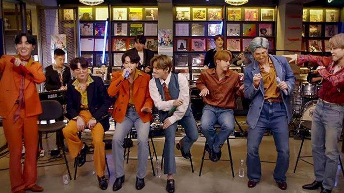 Lirik Lagu Dynamite BTS, Dinyanyikan Saat Tiny Desk (Home ...