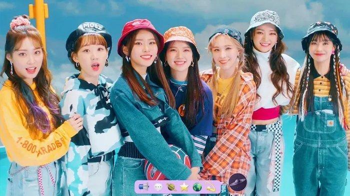 Lirik Lagu Holiday Party - Weeekly dengan Terjemahan, Single Baru Setelah Sukses dengan After School