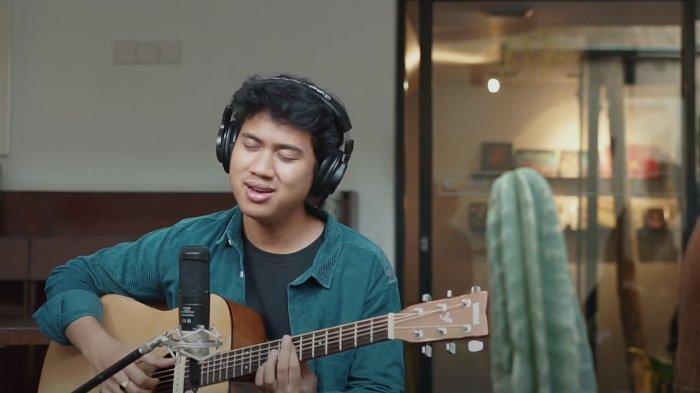 Lirik Lagu Keep You Safe Yahya dan Chord Gitar Lengkap dengan Terjemahannya