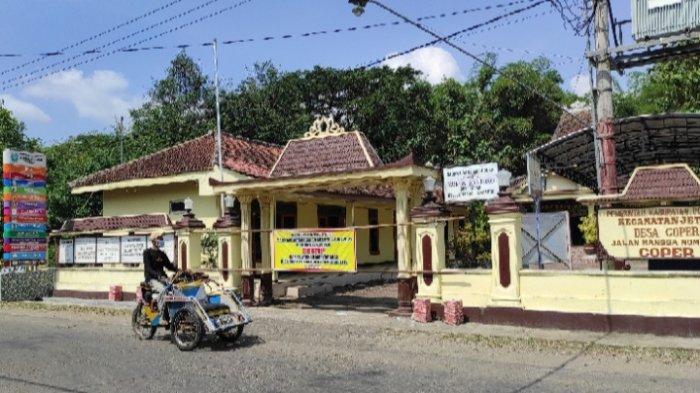 Dampak Perangkat Desa Positif Covid-19, Kantor Desa Coper, Ponorogo Tutup