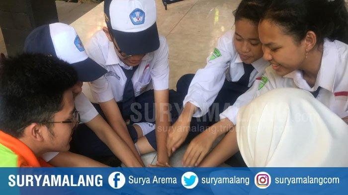 Sinergi Komite,Alumni,dan orang tua murid bantu SMP Negeri 3 Malang ikuti LSS Berkarakter.