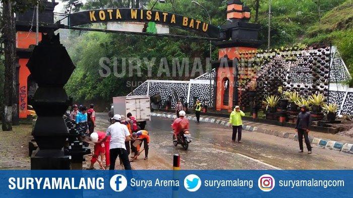 Ada Tebing Longsor di Payung, Sejumlah Bencana Alam Landa Kota Batu Saat Hujan Mengguyur