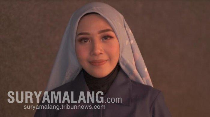 Mahasiswi PGRI Adi Buana Surabaya, Nadya Ariani Luapkan Emosi Lewat Gerakan