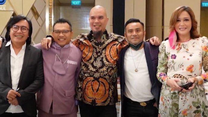 Maia Estianty foto bersama Ahmad Dhani, Anang, Judika dan Ari Lasso