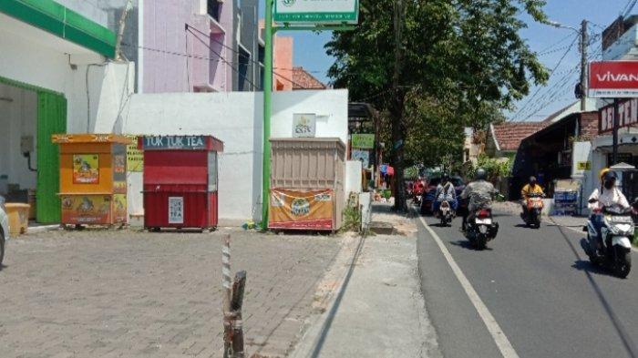 Maling Bobol 5 Stan Makanan dan Minumandi Jalan Akordion Timur, Kota Malang