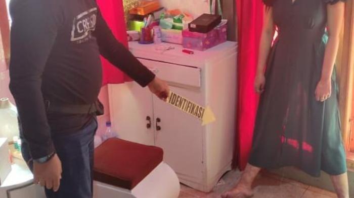 Diduga Depresi Setelah Berstatus Janda Beranak Satu, Mama Muda di Mojokerto Gantung Diri dalam Kamar