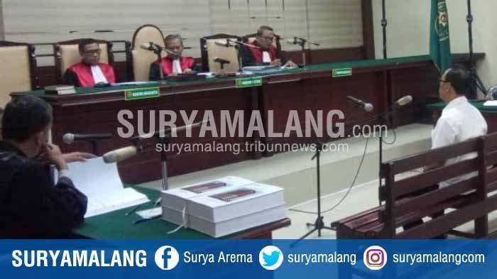 Diduga Suap Anggota DPRD, Mantan Sekda Kota Malang, Cipto Wiyono Dituntut 3 Tahun Penjara
