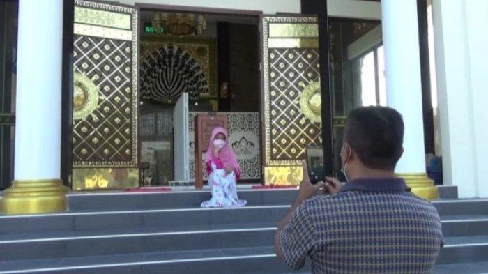 Masjid Mirip Taj Mahal di Gresik Sebagai Cinta Kasih Suami ke Istri
