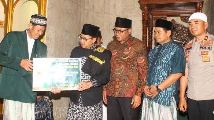 Sutiaji dan Sofyan Edi Serta Para Pejabat Pemkot Malang Safari Ramadan di Kelurahan Pandanwangi