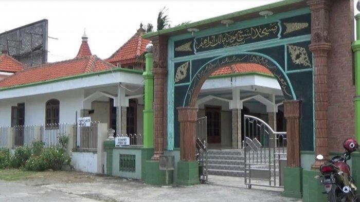 Masjid Syekh Maulana Malik Ibrahim Disebut Masjid Tertua di Jawa, Dibangun Sendiri oleh Sunan Gresik