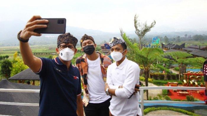 Sandiaga Uno Resmikan Tourist Information Center & Pamoedjan Oleh-Oleh Cafe Sawah, Kabupaten Malang