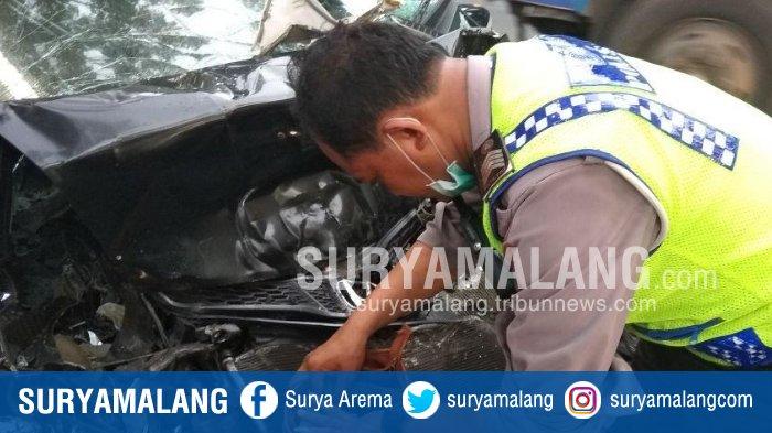 Kecelakaan Maut Antara Honda Jazz Vs Truk di Bangil Pasuruan, Diduga Sopir Ngantuk