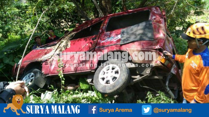 Inilah Identitas Korban Kecelakaan Mobil Pegawai Alfamart yang Masuk Jurang di Kota Batu