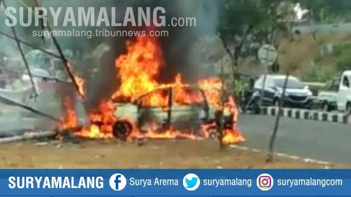 Kronologi Mobil Ertiga Terbakar di Exit Jembatan Suramadu Kemarin, Ada Motor Terobos Pembatas
