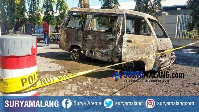 Polisi Sebut Penyebab Mobil Terbakar di SPBU Pasuruan Karena Korsleting Listrik