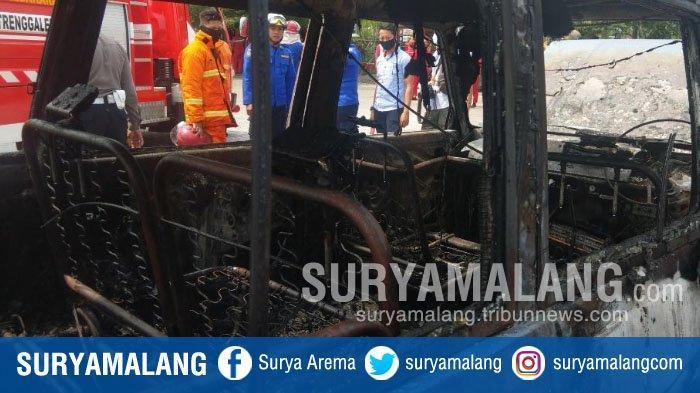 Mobil Kijang Hangus Terbakar Saat Antre Isi BBM di SPBU Trenggalek