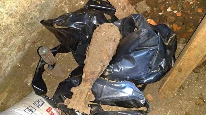 Bikin Pondasi Tandon, Tukang Temukan Mortir Peninggalan Belanda di Rumah Milik Warga di Kota Malang